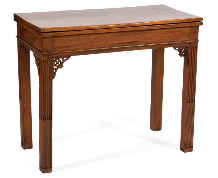 Townsend table sold by Eldred's